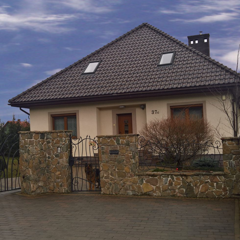 dom-dach-czterospadowy